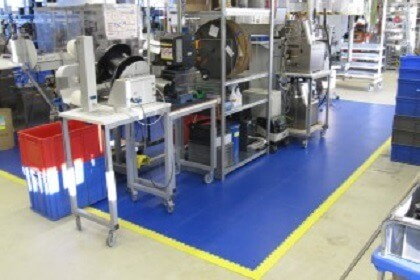 Flexi-Tile PVC Bodenbelag für Arbeitsplatz, Werkstatt uvm.