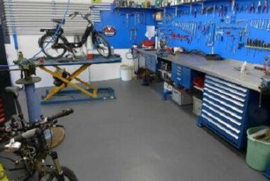 Flexi-Tile PVC Bodenbelag für die Werkstatt uvm.