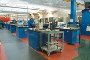 Flexi-Tile Werkstattboden aus PVC