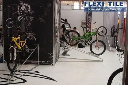 Flexi-Tile Commercial PVC Bodenfliesen für Ausstellungen