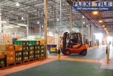 Flexi-Tile Anwendung PVC Industrieboden mit Stapler