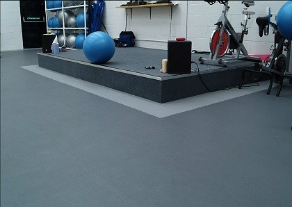flexi tile fitness anwendungsbeispiel pvc fu bodenbelag pvc fliesen und industrieboden. Black Bedroom Furniture Sets. Home Design Ideas