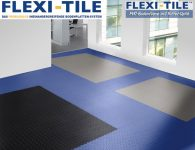 Flexi-Tile Diamond PVC Bodenfliesen - Anwendungsbeispiel mit Blau, Grau und Schwarz