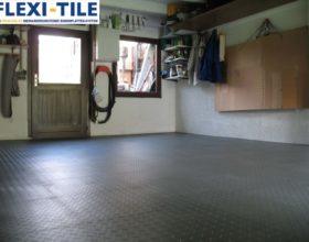 Flexi-Tile PVC Bodenfliesen als Garagenboden - Anwendungsbeispiel Diamond Riffel-Optik
