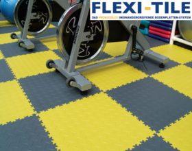Flexi-Tile PVC Bodenfliesen im Fitnessbereich im Karomuster verlegt