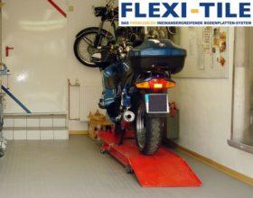 Flexi-Tile PVC Bodenfliesenbelag im Garagenbereich