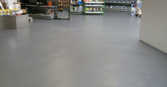 Flexi-Tile PVC-Fliesen im Ladenlokal als Gewerbeboden