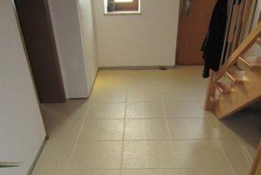 Flexi-Tile als Flurboden verlegt