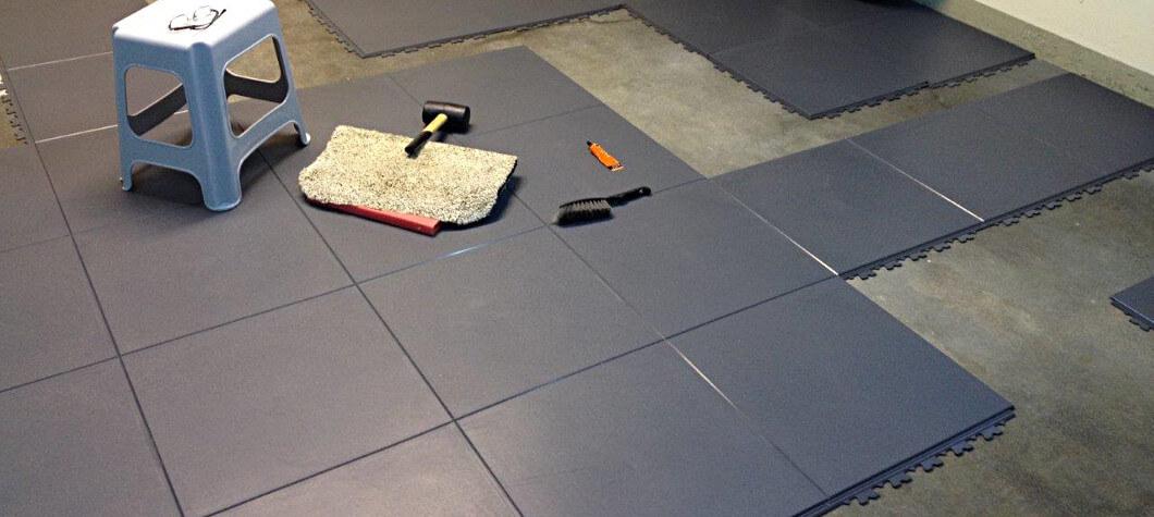 pvc boden fliesen bodenbel ge industrieboden vom. Black Bedroom Furniture Sets. Home Design Ideas