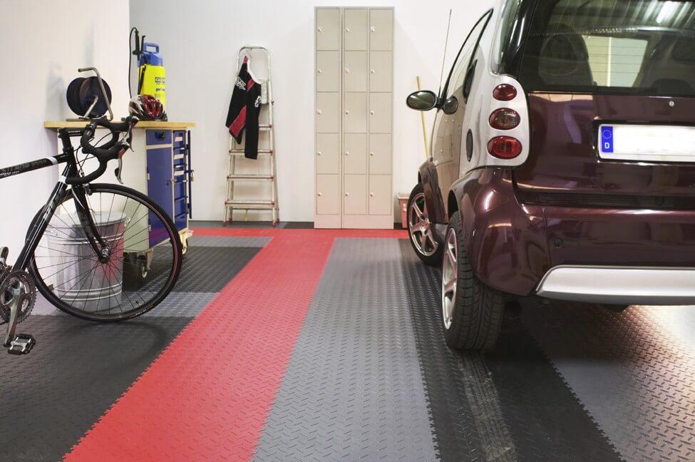 Garage modernisieren  Modernisierung Ihres Heims – Teil 1: Garagenboden » PVC Fußbodenbelag