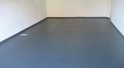 Flexi-Tile Anwendungsbeispiel Textured (strukturierter Hammerschlag) - 22471 - Garagenboden nachher