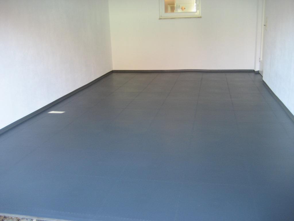 f nf wege ihre garage moderner zu gestalten pvc fussbodenbelag. Black Bedroom Furniture Sets. Home Design Ideas
