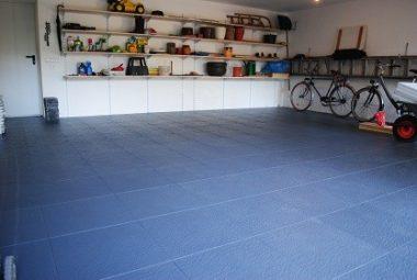 Fliesen von Flexi-Tile als Garagen Boden